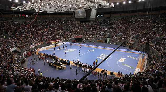 Liga de Campeones 1366221087_extras_noticia_foton_7_1
