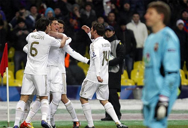 قسم تغطيه دوري أبطال أوروبا 2011-2012 - صفحة 6 1329848078_extras_albumes_0
