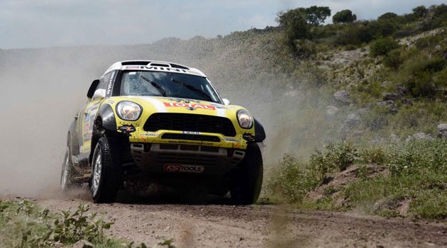 Rally Dakar 2013 (coches) - Página 2 1358201319_extras_noticia_foton_7_0