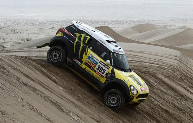 Rally Dakar 2013 (coches) - Página 2 1358452544_extras_noticia_foton_7_1