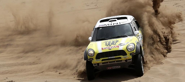 Rally Dakar 2013 (coches) - Página 2 1358684848_extras_noticia_foton_7_1