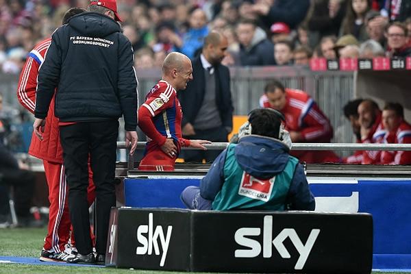 Arjen Robben, seis semanas fuera por lesión Robben