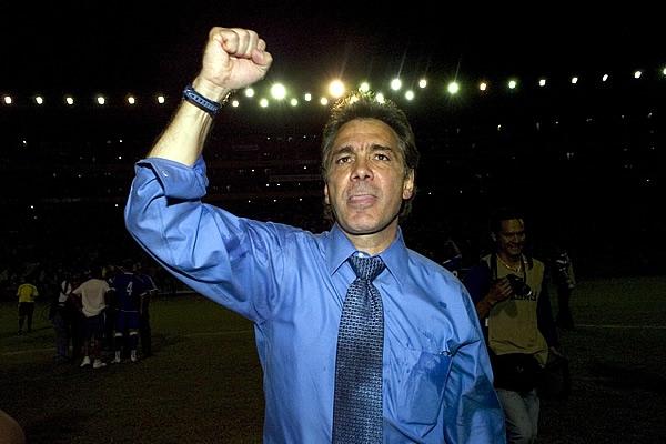 Rumbo a La Copa Mundo 2010: El Salvador 1 Costa Rica 0 El-salvador2