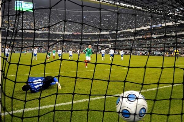 Informacion - Juego contra Mexico el 10 de octubre. Mexico-honduras-127-0