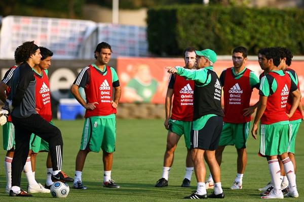 Informacion - Juego contra Mexico el 10 de octubre. Entrenamiento-mexico-7