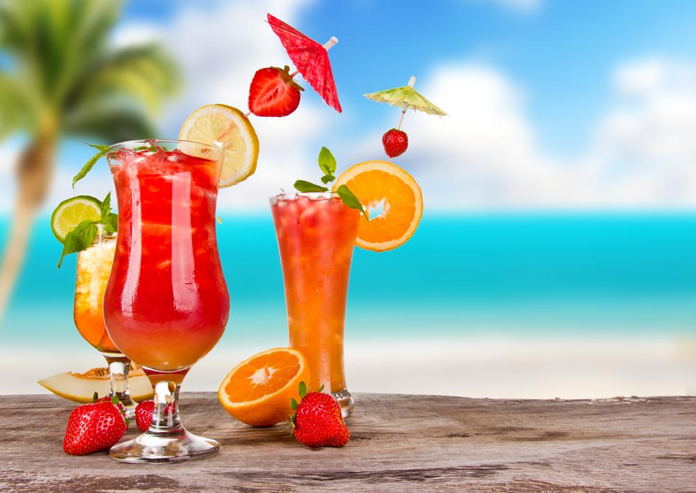 EN AZUL Y ROSA✿⊱╮✿⊱╮✿⊱╮✿⊱╮✿⊱╮ Recetas-las-mejores-bebidas-refrescantes-para-una-barbacoa-de-verano