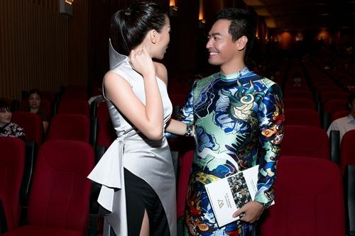 Hoa hậu Kỳ Duyên gợi cảm cuốn hút xuất hiện sau loạt ồn ào Hoa-hau-ky-duyen-goi-cam-cuon-hut-xuat-hien-sau-loat-on-ao-14-1484241051-width500height333