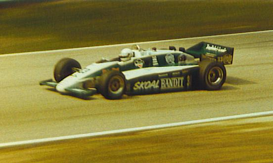 Mod F1 1983 y 1984 para RFactor: Image135