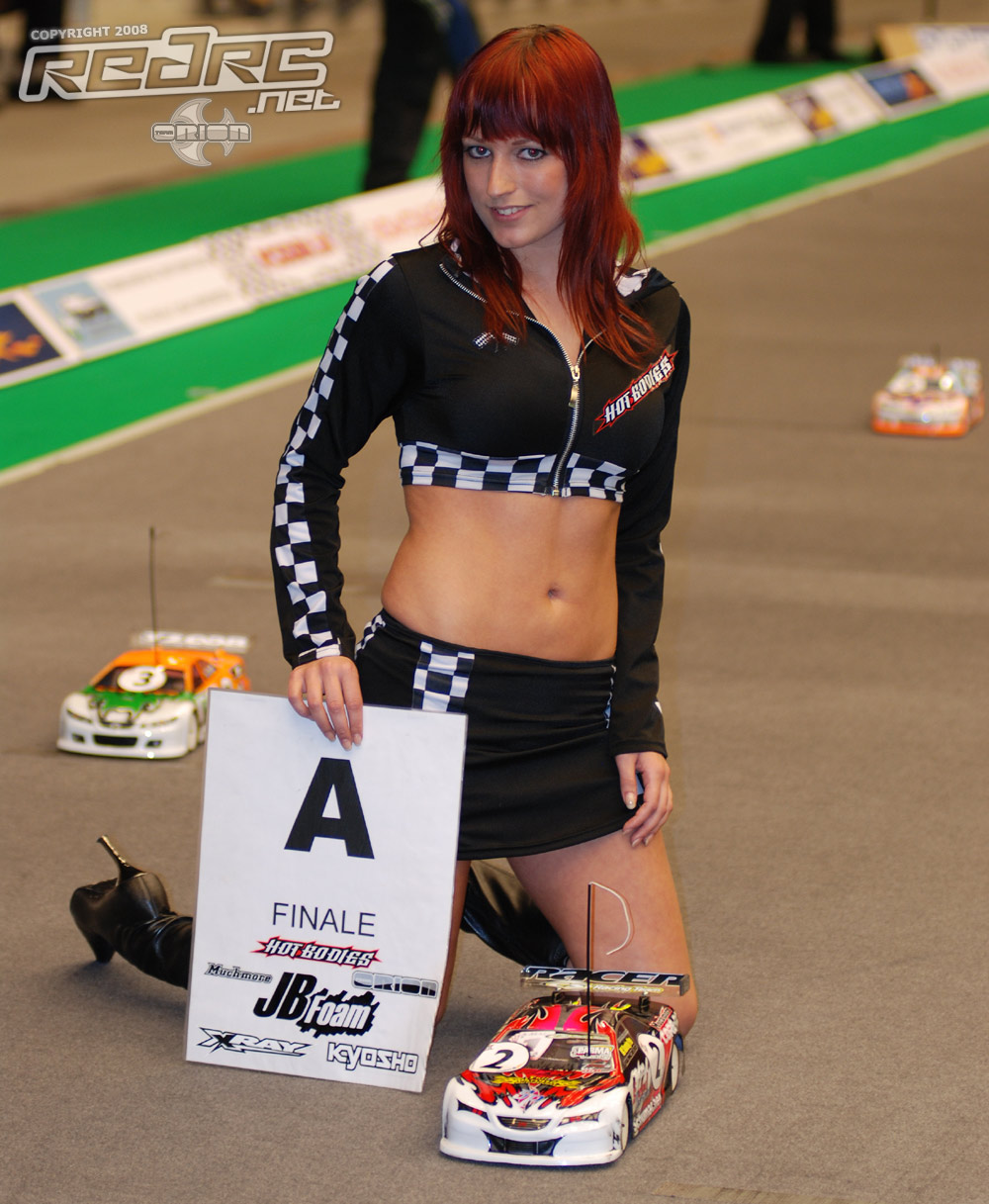 Auto RC-Girls - Page 4 PitGirlStock
