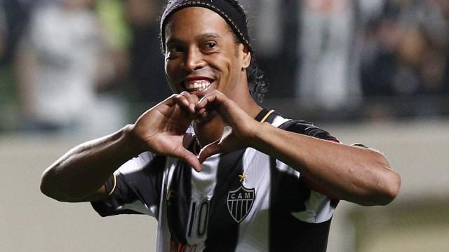 Futebol - Página 18 Ronaldinho-gaucho