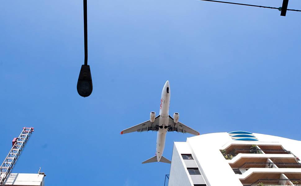 aeroporto - [Brasil] Aeroporto de Congonhas tem 45 obstáculos na rota dos aviões 166101-970x600-1