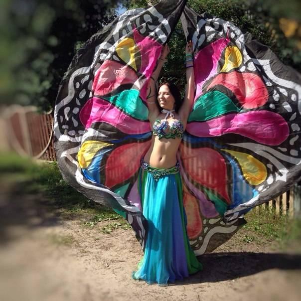 Крылья  для танца живота. 73dc065a729561cca58e333386f174f27147ab219766311