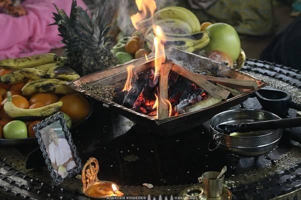 Шраддха - Ведическая Церемония для душ предков  1c8e7e4f18a48d72d6c4f34c4a4009265f19b8320448625
