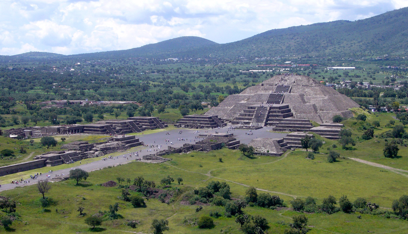Meksiko - Page 5 Teotihuacan-from-the-pyramid-of-the-sun_0