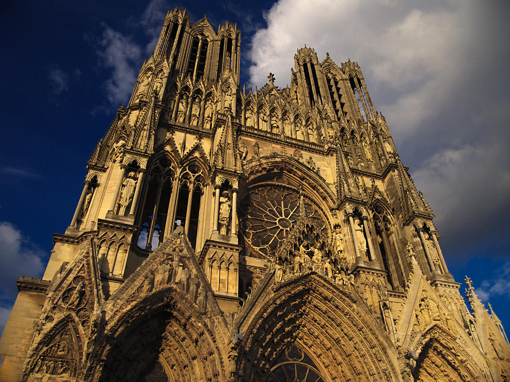 The United States of the Solar System, A.D. 2133 (Book Five) - Page 5 The-Reims-Cathedral