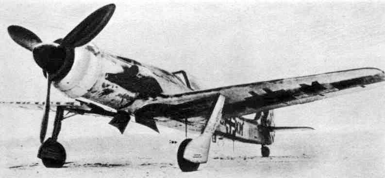 Des hélices et des ailes Ta152-2