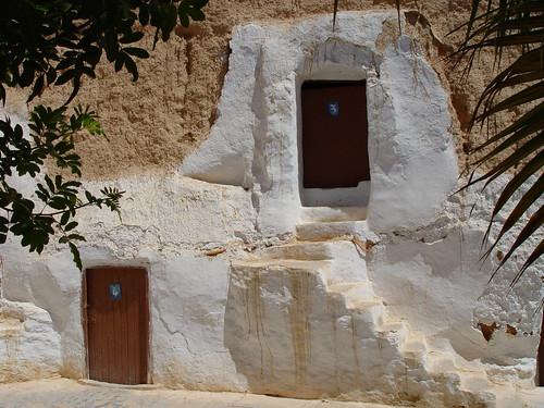 مطماطة مدينة تونسية تقع تحت الارض  307828461_24cbaf583a