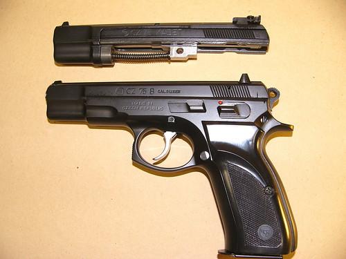 Avis Walther PP22 et questions de législation 387294150_7cd8cacef1