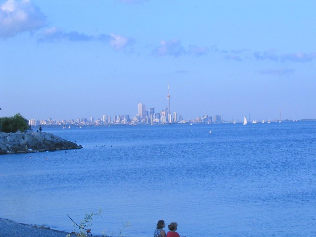 Etobicoke - Toronto 27432050_30cfa3f562_b