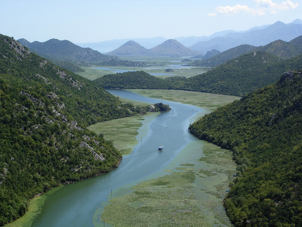 Beautiful, interesting, breath taking pictures from Albania 237521293_0e18c7d40d_b
