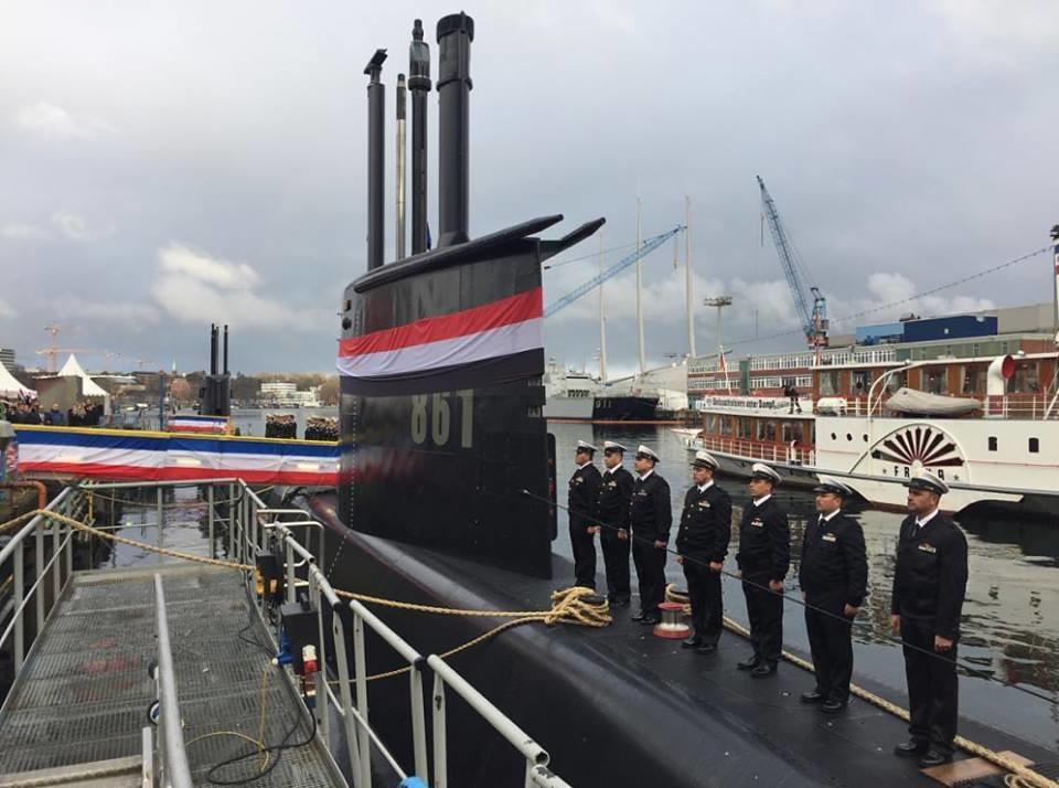 غداً ... رفع العلم المصري علي الغواصة Type 209/1400  وإعلان انضمامها للقوات البحرية المصرية  31228347230_6988259edc_b