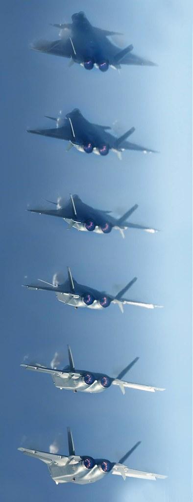 المقاتلة الصينية J-20 Mighty Dragon المولود غير الشرعي - صفحة 3 31348871093_2d0f74b4d8_b