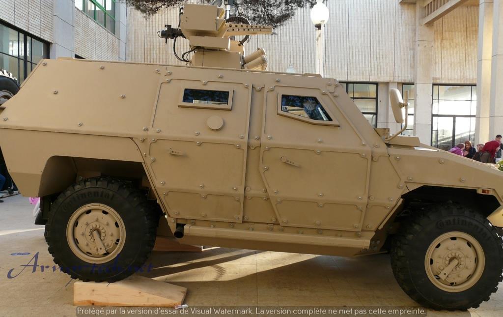 الصناعة العسكرية الجزائرية عربات Nimr(نمر)  - صفحة 6 31010870164_89c0895eae_b