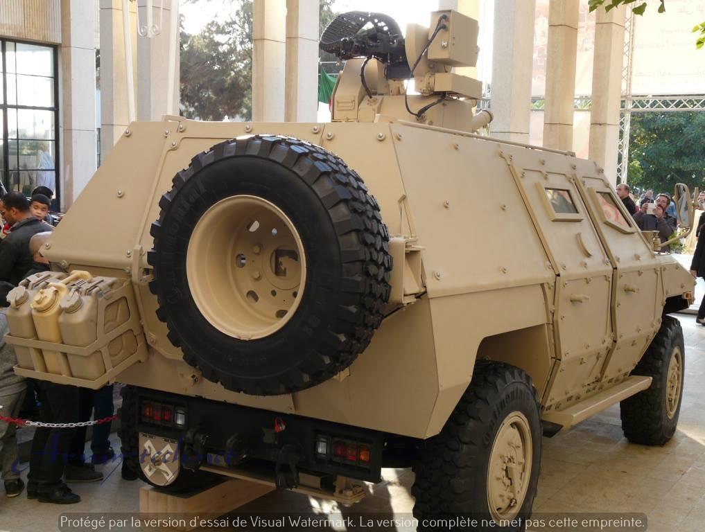 الصناعة العسكرية الجزائرية عربات Nimr(نمر)  - صفحة 6 31041562723_e1eec1aa11_b