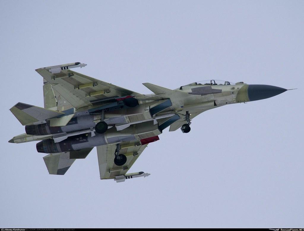 """الجزائر 2015  : تقتني 16 سوخوي 30MKA  وعقد لانظمة الدفاع الجوي  """"Antey -2500 """" - صفحة 10 31624885496_88a6ba872e_b"""