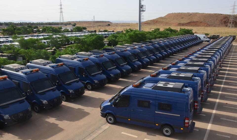 الصناعة العسكرية الجزائرية  علامة  ً مرسيدس بنز  ً - صفحة 22 29577327428_45abafff6f_b