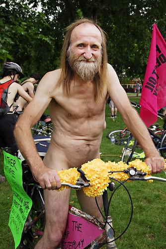 Vélos en libre service, vous en pensez quoi ? 537379758_e86eabffeb