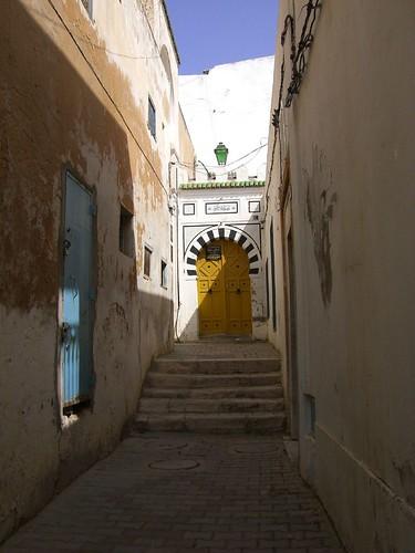 الأزقّة القديمة عنوان عراقة المعمار التونسي 854497784_a929fcf5d4