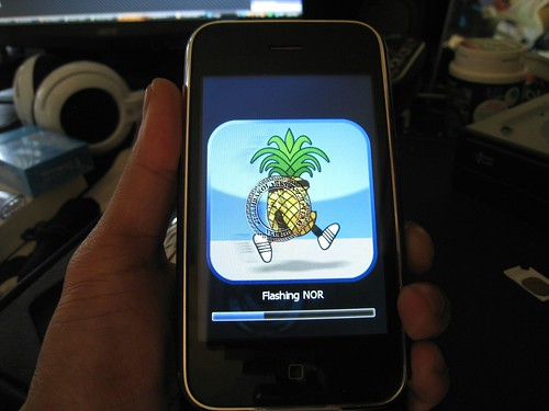 iPHone 3G naman 4.0 Version 05.13 Jailbreak and Unlock Done tested 4723815424_ec011c72cc