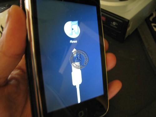 iPHone 3G naman 4.0 Version 05.13 Jailbreak and Unlock Done tested 4723162451_0fd29659b4