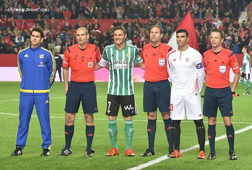¿Cuánto mide el árbitro Mateu Lahoz? 24540489776_c9a15f1189