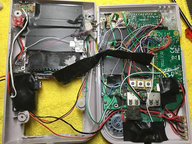 Une Game Boy Zéro sous RPi Zéro avec des centaines de jeux 26216423882_1acfbc26a4_z