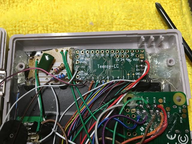 Une Game Boy Zéro sous RPi Zéro avec des centaines de jeux 26216404122_00fa2ebed6_z