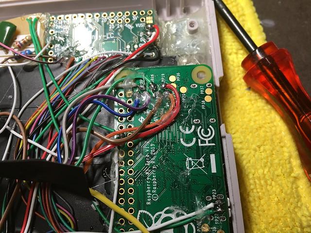 Une Game Boy Zéro sous RPi Zéro avec des centaines de jeux 25704045764_680f145c3c_z