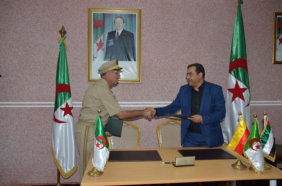 الصناعة العسكرية الجزائرية  علامة  ً مرسيدس بنز  ً - صفحة 22 43447824531_3e2ca37419_b