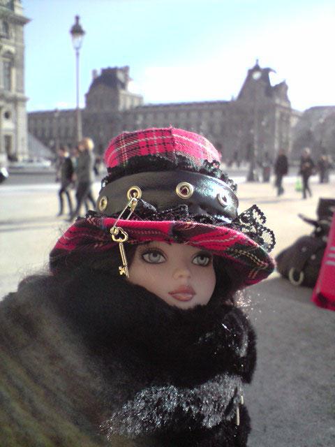 Sarah joue les touristes en solo à Paris 2303021962_df4f7d5ba0_o