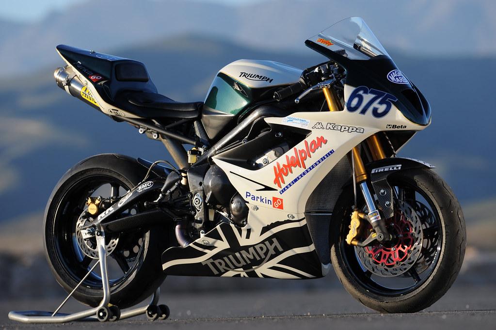 Machines de courses ( Race bikes ) - Page 2 2230743330_74c14b9eca_b