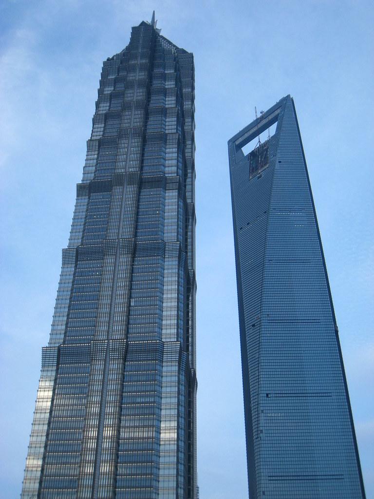 Quel bâtiment est le plus laid, selon vous? - Page 3 2520039395_338b0bf3dc_b