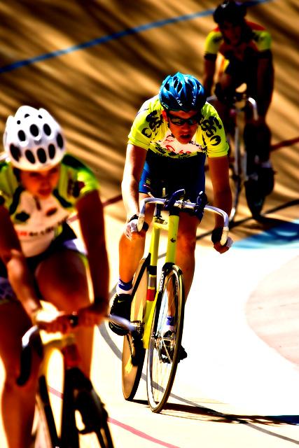 Un entrainement au vélodrome 2500740747_da60a2aeec_o