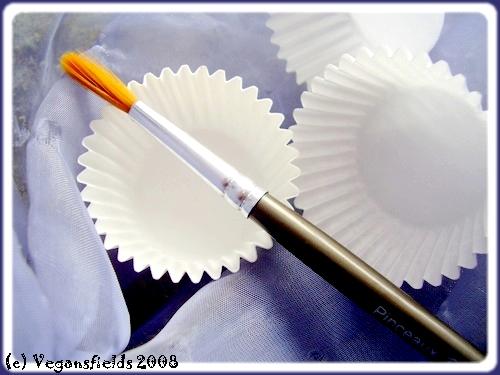 Mousses-Chantilly fruitées en caissettes chocolatées (VGL) 2292202610_8645104202_o