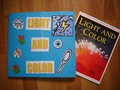 LAPBOOK ( libro fai da te che si ricava da una semplice cartella a tre lembi e qualche foglio di carta colorata) 2387340972_1868d52a0d_m