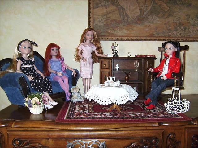 """06 - THEME PHOTO DU MOIS: Mai 2011 """"Ellowyne dans sa Maison"""" - Page 4 5751653368_83817b5497_z"""