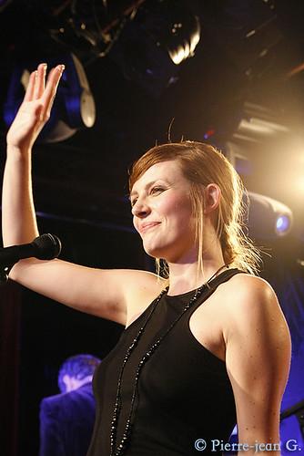 Elodie en concert au réservoir de Paris (12/05/08) - Page 2 2491553967_2cc583aab1