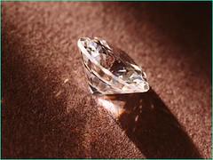 12 viên đá quý tượng trưng cho tháng sinh và ý nghĩa của chúng 1559090835_c741f11892_m