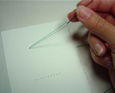 تقنية لتغليف الكتب بالخيوط (بالصور) 2334470153_b927d4e102_o