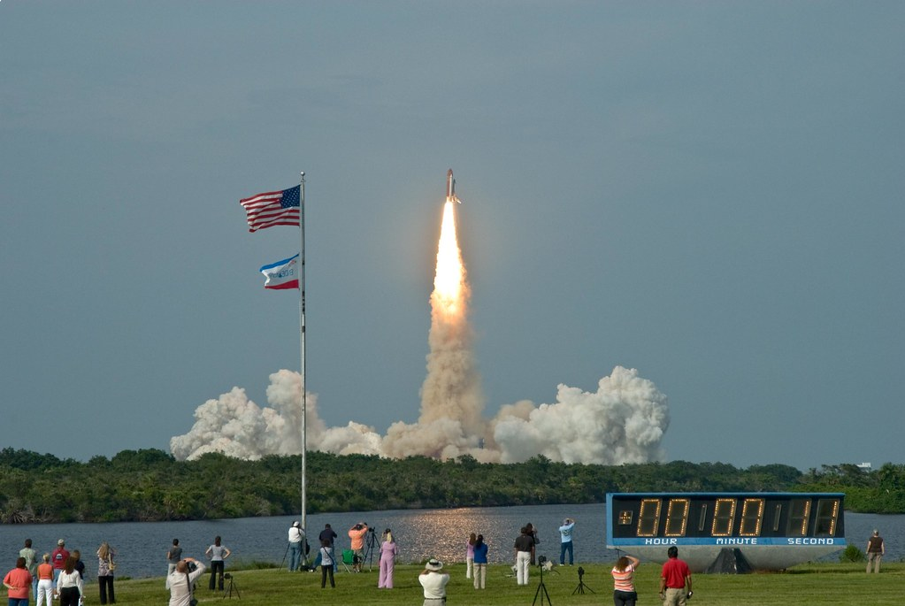 STS-127 / ENDEAVOUR / LAUNCH